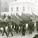Демонстрация вичужан на 7 Ноября, начало 70-х годов ХХ века