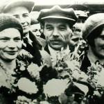 Директор фабрики им. Ногина Н.М. Панов с Е.В. и М.И. Виноградовыми, 1935 год